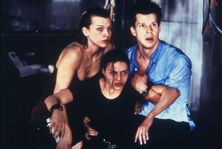 resident-evil-movie-milla-jovovich-and-others